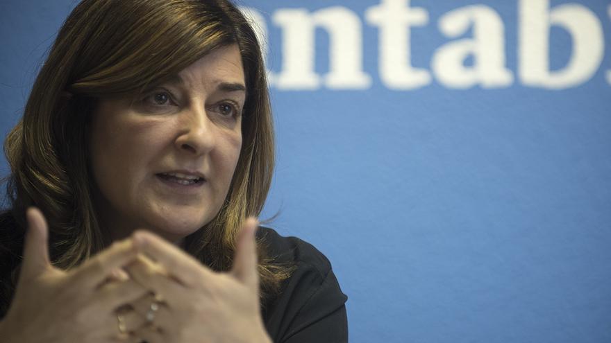 La presidenta del PP de Cantabria, María José Sáenz de Buruaga. | JOAQUÍN GÓMEZ SASTRE