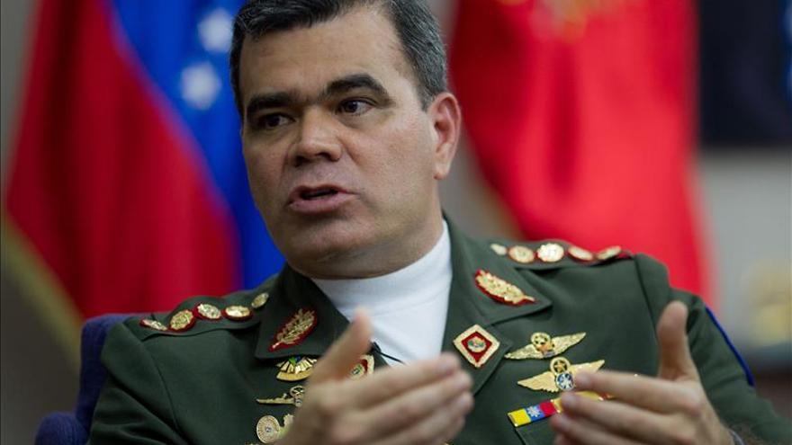 """El ministro de Defensa venezolano afirma que la protesta pacífica es """"intocable"""""""