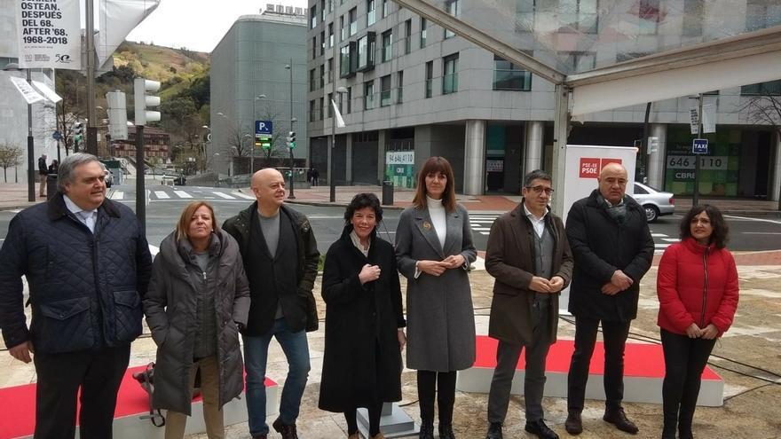 """Mendia critica la """"soberbia"""" de PNV al proclamarse """"único defensor"""" de Euskadi y reivindica la """"agenda vasca"""" de Sánchez"""