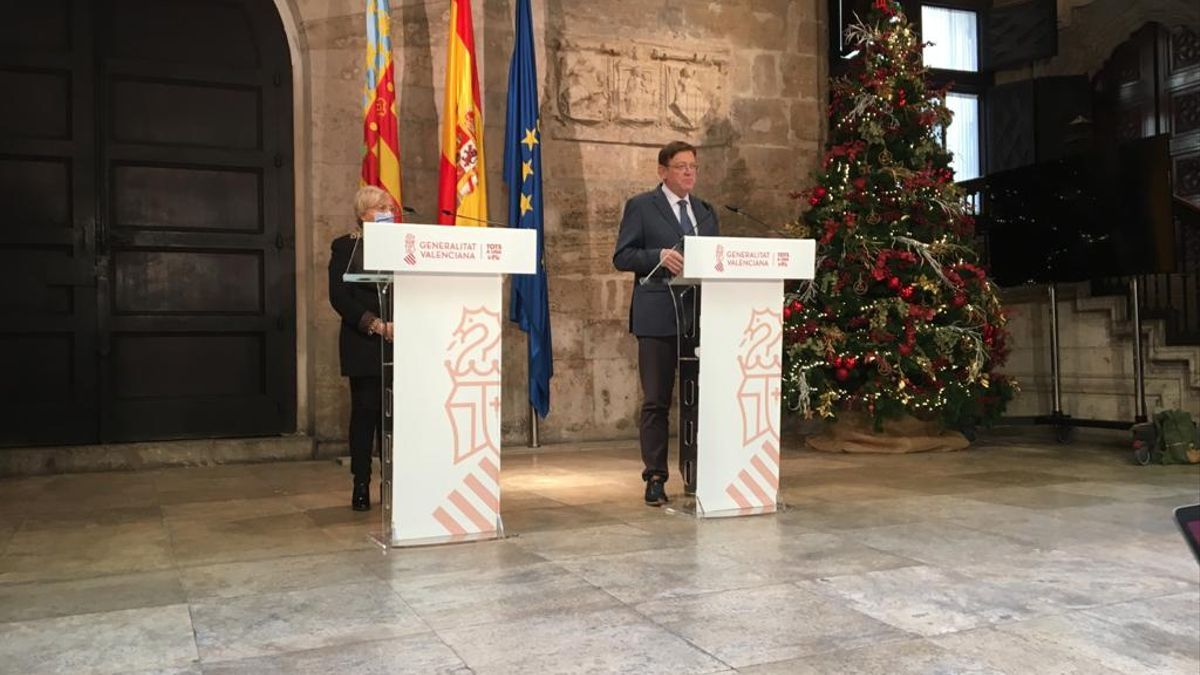 El president de la Generalitat Valenciana, Ximo Puig, amb la consellera de Sanitat, Ana Barceló.