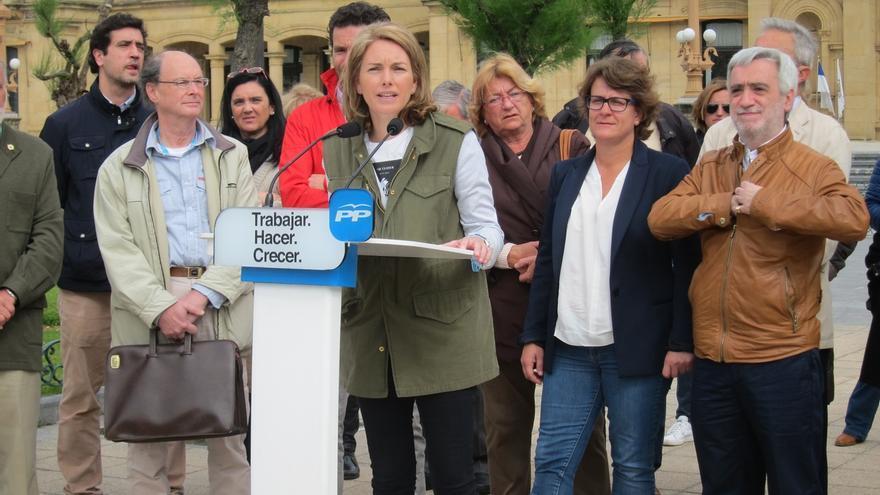 """Quiroga pide a los """"enfadados"""" con el PP que no """"castiguen"""" a los candidatos guipuzcoanos porque """"no lo merecen"""""""