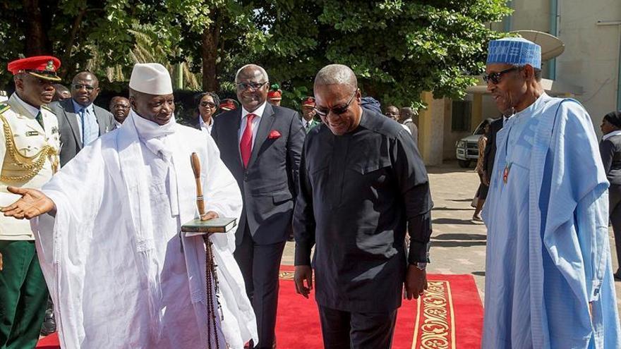 Mandatarios CEDEAO dejan Gambia sin convencer a Jammeh ceda el poder a Barrow