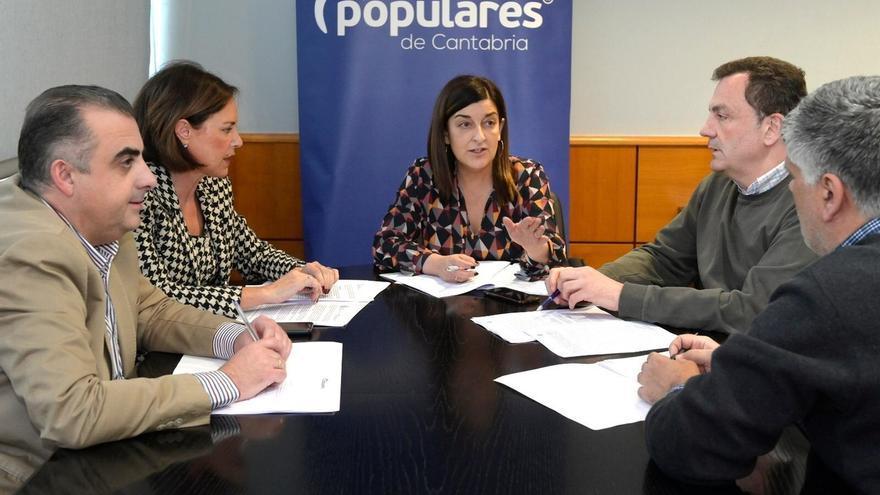El PP pedirá explicaciones a los gobiernos de Cantabria y de España ante la situación de Sniace