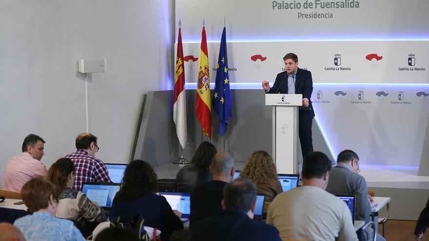 El portavoz del Gobierno de Castilla-La Mancha en rueda de prensa