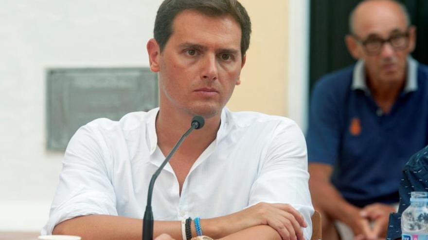 """Albert Rivera: """"Torra usa a los mossos como policía política"""""""