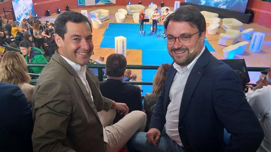 El presidente del PP canario, Asier Antona y el de la Junta de Andalucía, Juanma Moreno (PP).