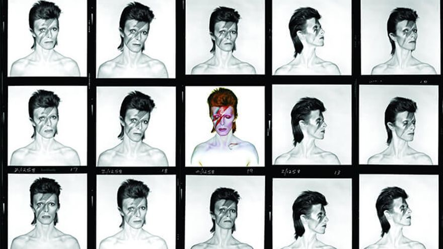 Album cover shoot for Aladdin Sane, 1973. Photograph by Brian Duffy. Photo Duffy © Duffy Archive & The David Bowie Archive