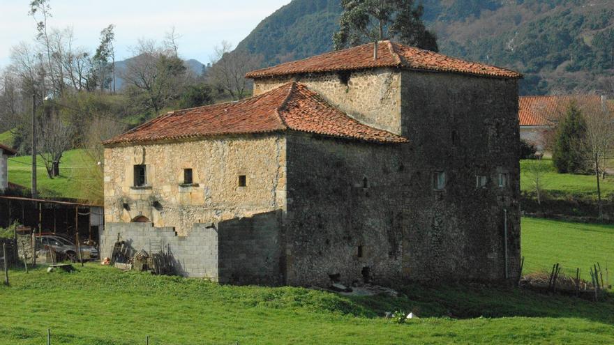 Vista trasera de la Casa Torre y Palacio | HISPANIA NOSTRA