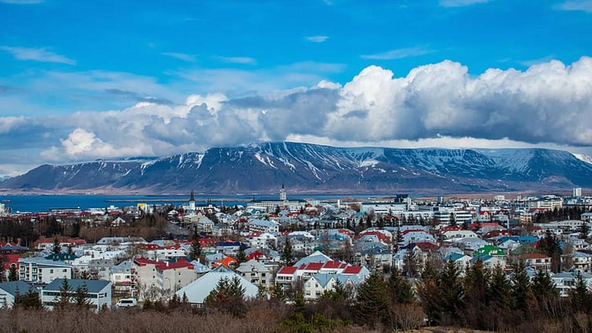 Vista de Reikiavik, Islandia.