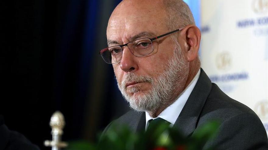 Periodistas jurídicos premian al fallecido fiscal general José Manuel Maza