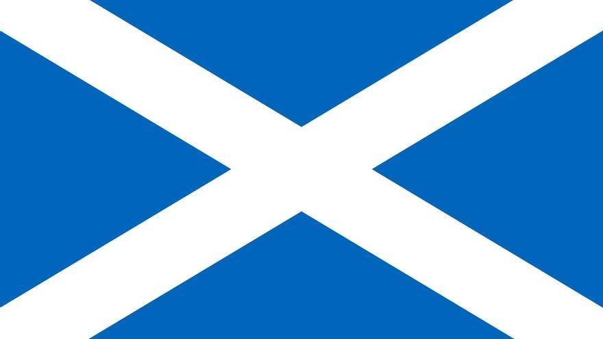 La bandera de Escocia y la bandera de La Palma