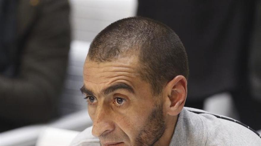"""Acusado dice que difundió cientos de vídeos yihadistas por su """"ciberadicción"""""""