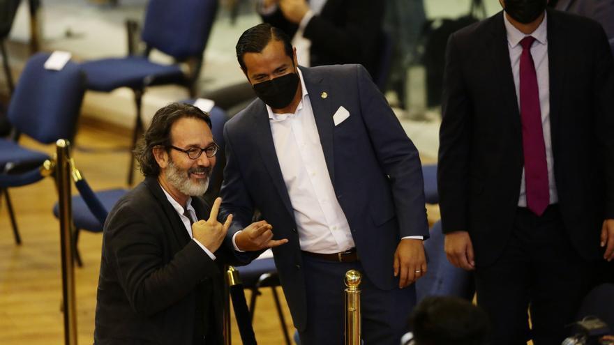 El Salvador mantiene conversaciones con el FMI pese a polémica internacional