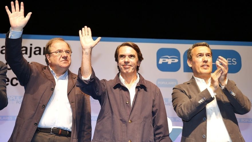 """Aznar aboga por la estabilidad y alerta contra populismos y quienes """"hacen bandera de la inexperiencia"""""""