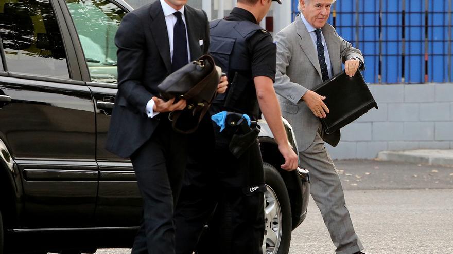 Miguel Blesa,entrando al juicio por las tarjetas black /foto: Marta Jara