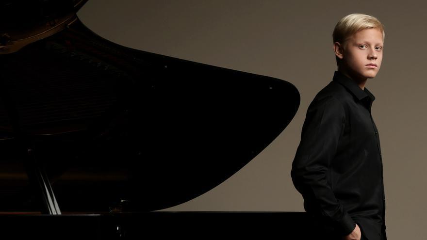 La Orquesta Sinfónica de la Región y el joven pianista Alexander Malofeev actúan esta semana en Murcia