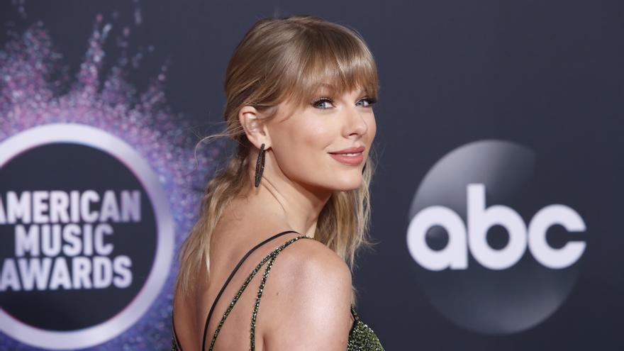 Taylor Swift y Lil Baby, galardonados en los Apple Music Awards