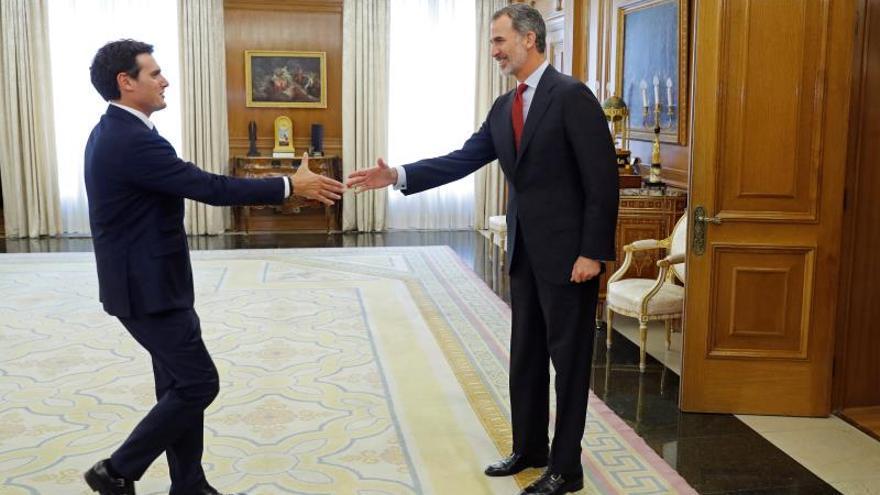 El rey se reúne con Rivera en la recta final de sus consultas de investidura
