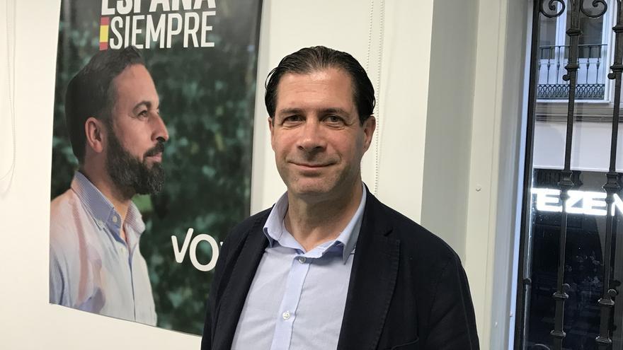 """Edil de Vox insiste en no utilizar el lenguaje inclusivo pero pide amparo cuando en Más Madrid le definen como """"señoro"""""""