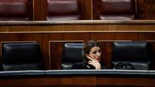 """Yolanda Díaz, la ministra que quería """"correr"""" para desmontar la reforma laboral y a la que estalló la mayor crisis desde la Segunda Guerra Mundial"""