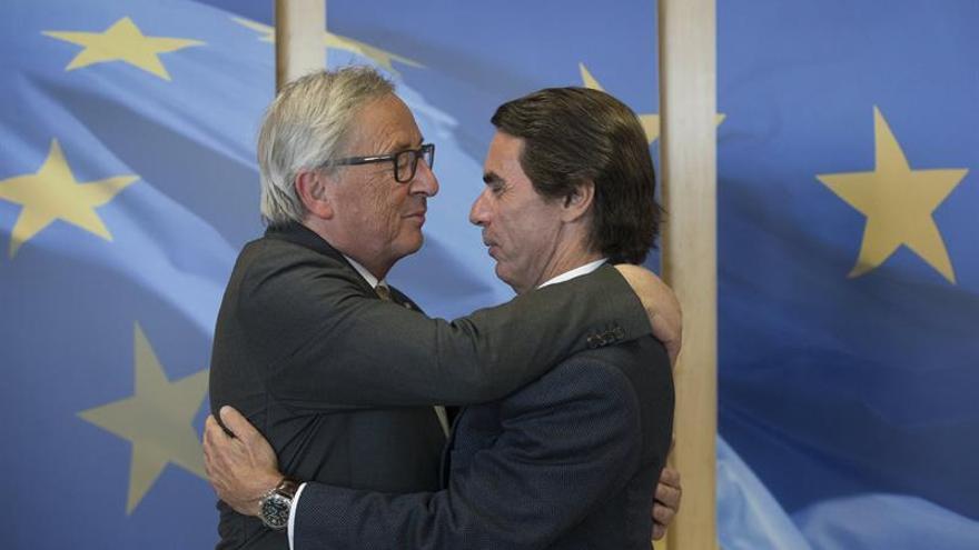 Aznar se reúne con el presidente de la Comisión Europea en Bruselas