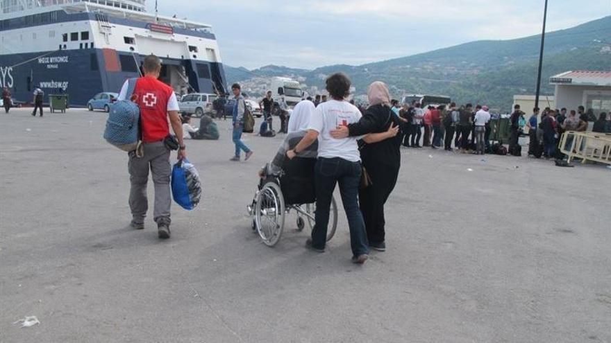 Cruz Roja ha atendido a miles de refugiados y emigrantes a través de las Unidades Móviles de Salud que mantiene desplegadas en las islas de Samos y Chíos