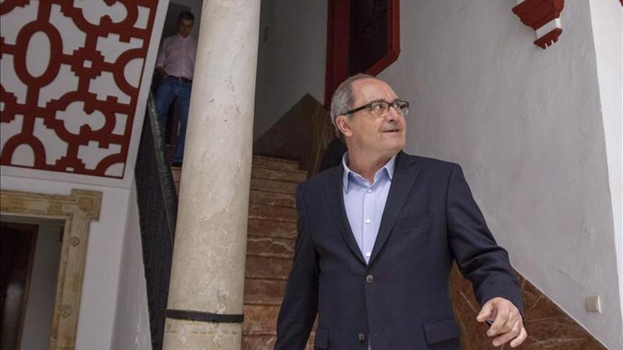 """El PSOE andaluz dice que no quiere """"imputados en ninguna Cámara"""""""