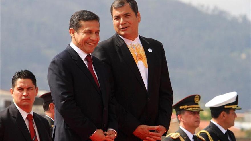 Denuncian penalmente al embajador ecuatoriano en Perú por pelea con mujeres
