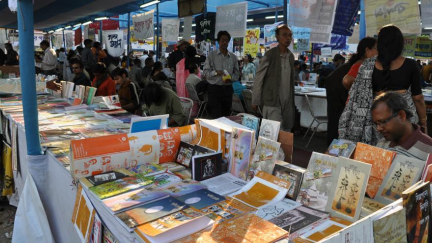 Libros, libros y más libros (Foto: Wikimedia)