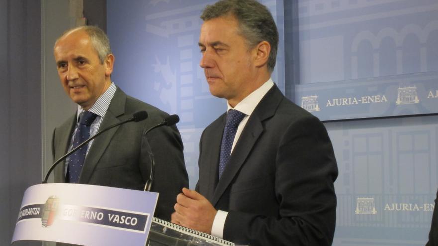 """Urkullu pide a Rajoy una reunión para hablar de los presos de ETA a quienes invita a """"mirarse"""" en la vía Nanclares"""