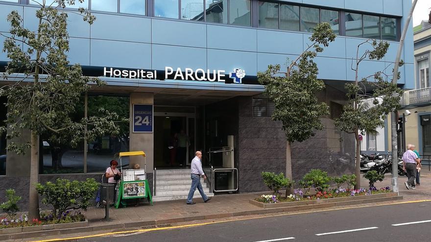 Entrada del Hospital Parque, perteneciente a Hospiten