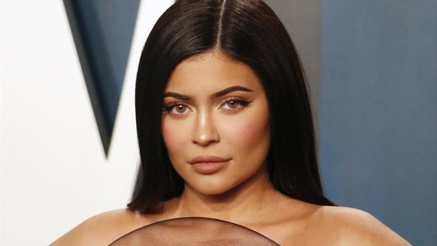 """Forbes le quita el título de """"billonaria"""" a Kylie Jenner por sus """"mentiras"""""""