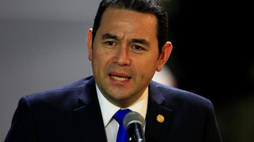 Comisión legislativa pide plazo para dar su informe sobre el desafuero al presidente de Guatemala