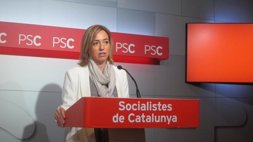 """Chacón (PSOE) dice que Ernest Lluch sentiría """"tristeza"""" por la falta de diálogo entre Gobierno y Generalitat de Cataluña"""