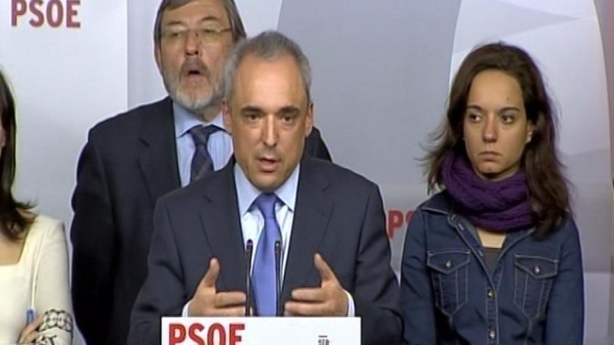 """Simancas pide en una carta a militantes """"unir fuerzas"""" y dice que el PSM """"necesitaba un cambio"""""""
