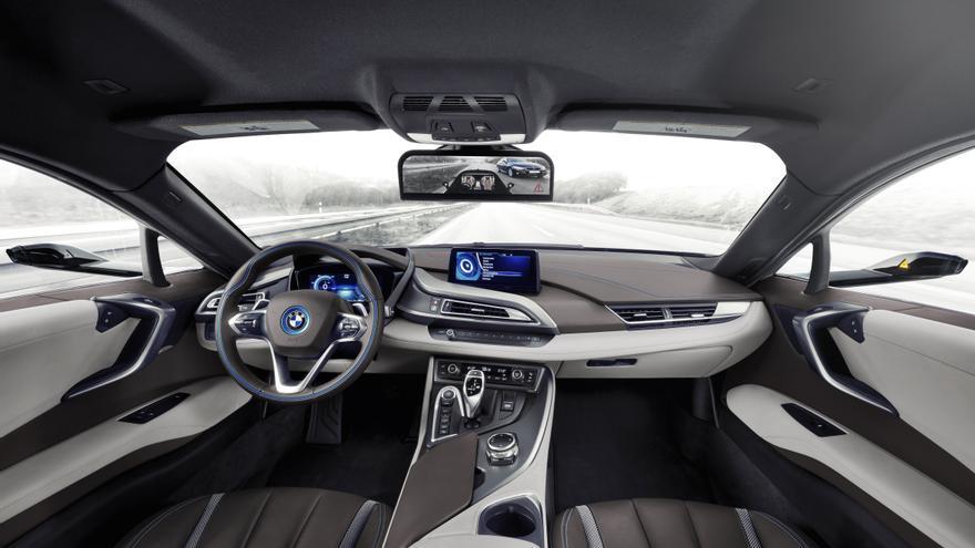 Las cámaras sutituirán en el un futuro próximo a la visión directa del conductor