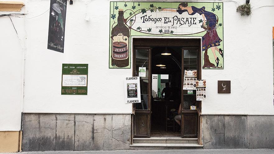 Tabanco El Pasaje. Despacho de vinos, 1925.