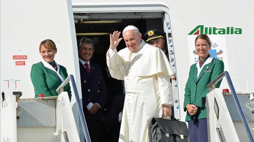 Francisco anima a Cuba y a EE.UU. a seguir avanzando en la mejora de sus relaciones