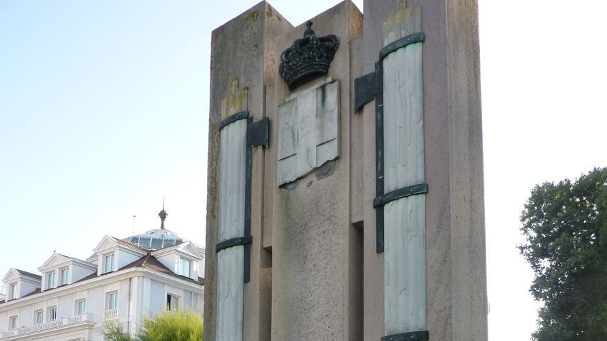 Monumento a las Legiones Italianas.   DESMEMORIADOS