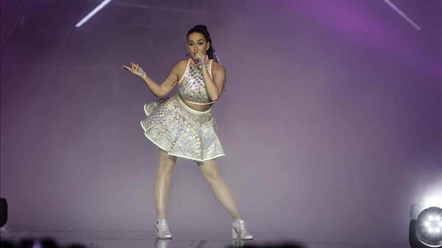 Katy Perry da el tiempo para Unicef y avisa del peligro del cambio climático