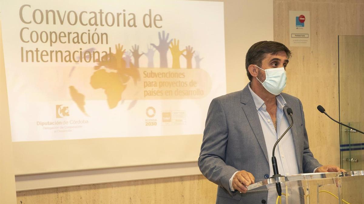 El delegado de Cooperación al Desarrollo de la Diputación de Córdoba, Ramón Hernández.