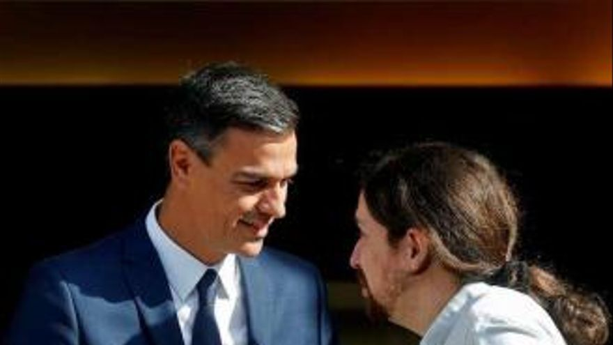 Pedro Sánchez y Pablo Iglesias en La Moncloa. EFE