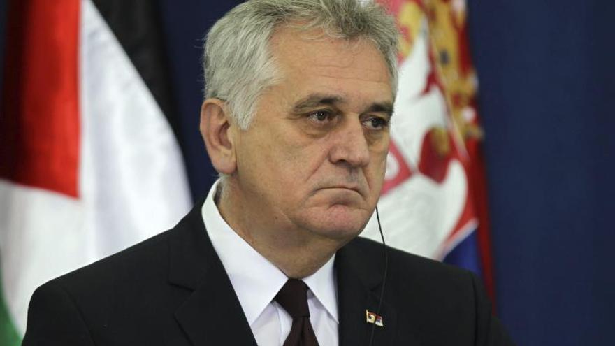 El Gobierno serbio pide disolver el Parlamento para adelantar las elecciones