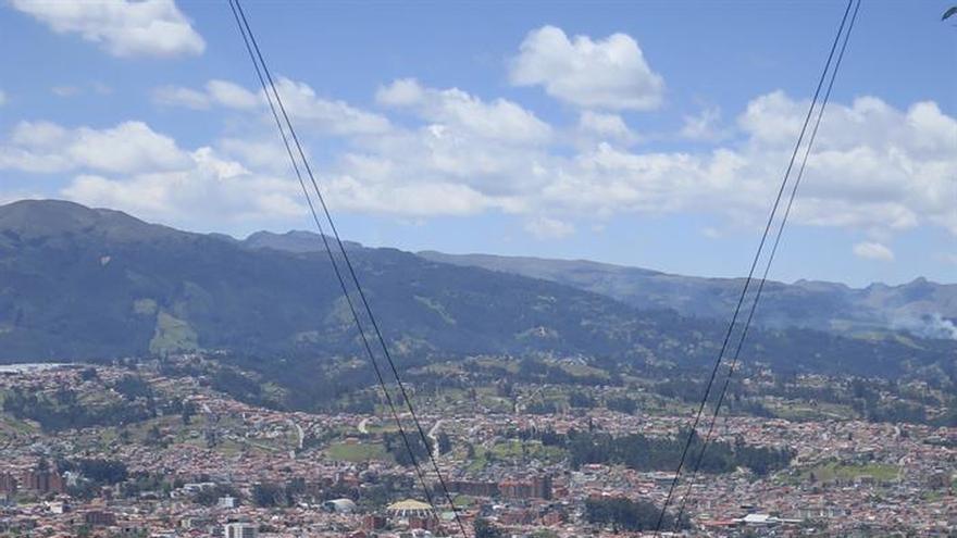 El columpio que permite observar Cuenca a vista de pájaro