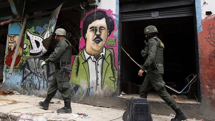 Al menos 10 policías heridos en violentos disturbios en una ciudad colombiana