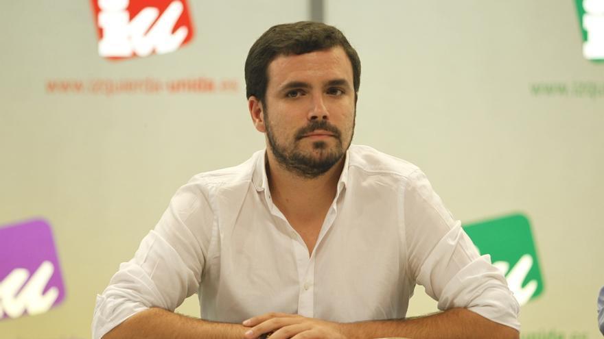 """Garzón dice que las palabras de Morenés son """"una amenaza"""" a los catalanes para que no voten libremente el 27S"""