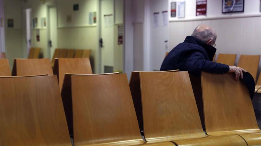Sala de espera de un centro de salud en L'Hospitalet (Barcelona).