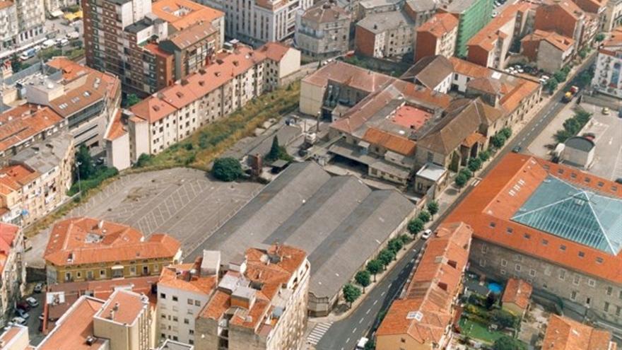 Imagen aérea de la Calle Alta de Santander.