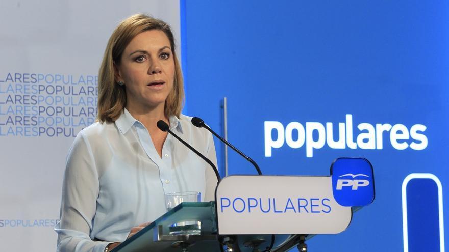 """Cospedal dice que Rajoy tiene que repetir como candidato del PP porque es el """"mejor"""" y la persona que necesitan ahora"""
