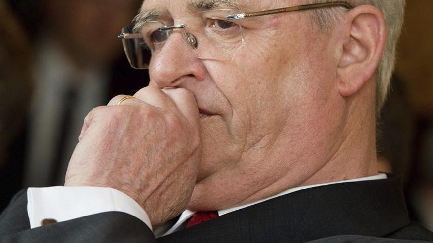 """Antiguo presidente VW conocía manipulaciones a 2 meses escándalo, dice """"Bild"""""""